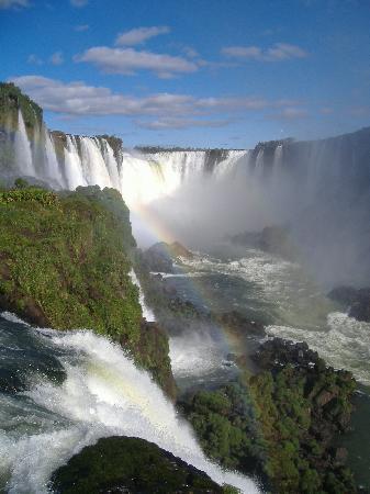 iguacu-falls-brazilian