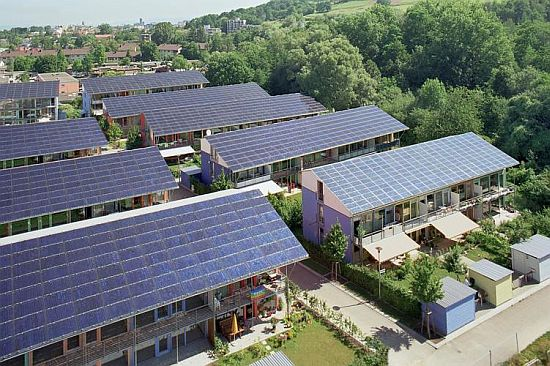 sonnenschiff-solar-city-with-solar-panels_1_3Y14M_69